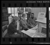 Photographs of library instruction in Robert Frost Library, 1989 February